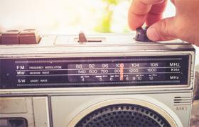 Premières mesures d'écoute radio