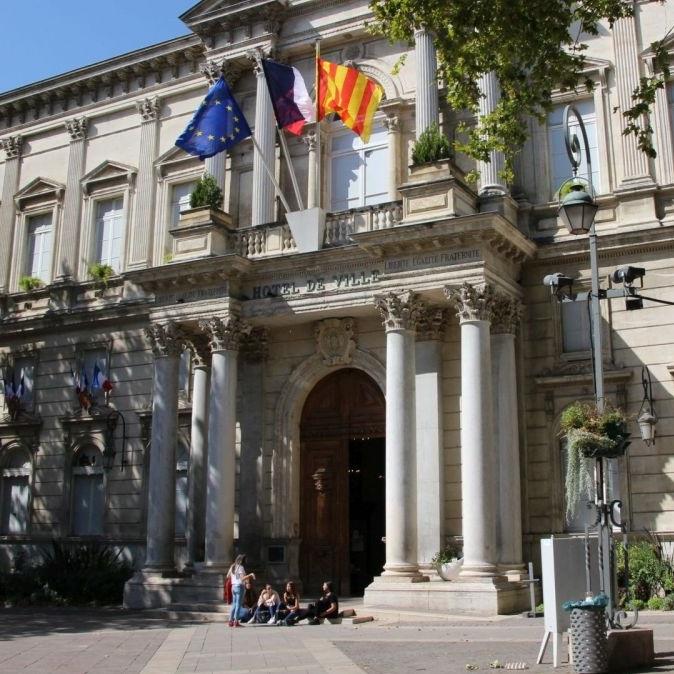 climat politique à Avignon